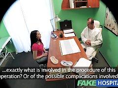 La xxx casero latino enfermera trata al médico y lo hace irse.