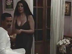 Perra con clase para disparos por detrás en una fiesta cuando su novio la busca amateur porno latino . 2. Parte B