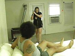 Delgado adolescente con el videos pornos en español latino puño con el coño grande