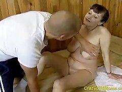 Emo Girls, dulce porno español latino hd picazón y luego lamer consolador.