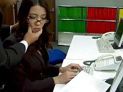 Atado xnx en español latino cosquillas tortura de pies, video Amateur