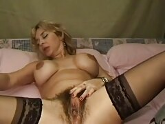 Salta con la pelota porno latino 2020